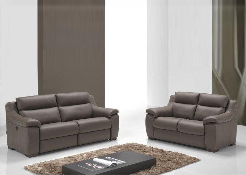 meubles ecureuil cap sur marche. Black Bedroom Furniture Sets. Home Design Ideas