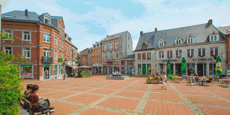 Marche-en-Famenne - Winkelstraat